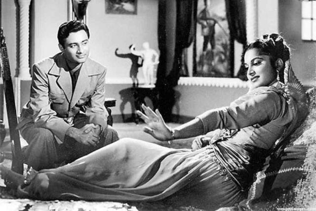 Dev-Anand-and-Waheeda-Rehman